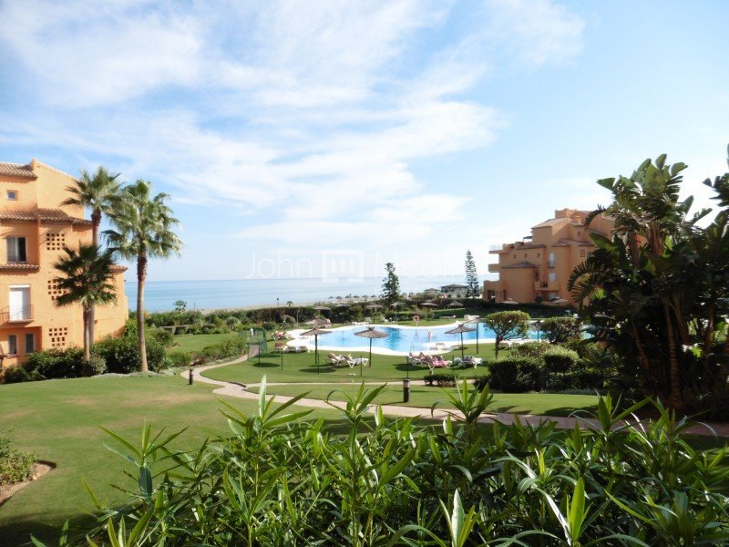 2 BED GROUND FLOOR APARTMENT IN LOS GRANADOS DE LA DUQUESA