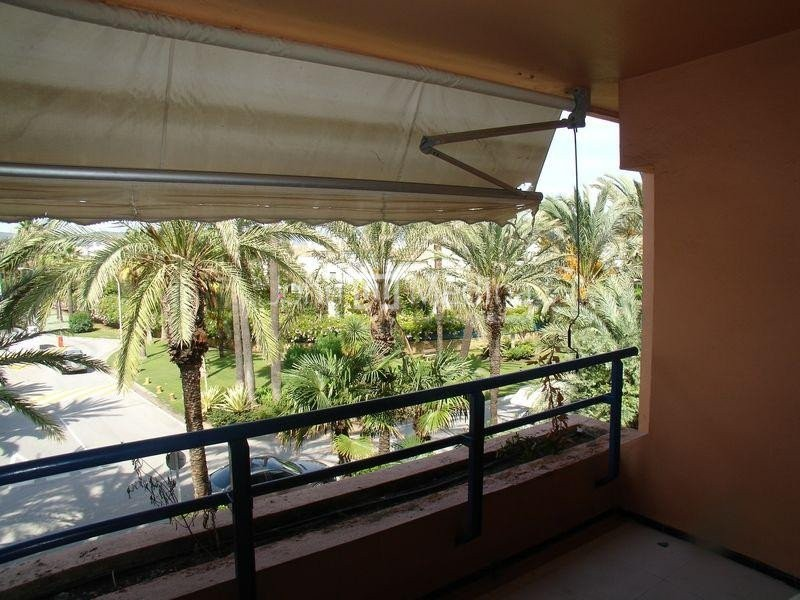SECOND FLOOR APARTMENT IN PASEO DEL MAR