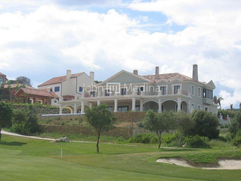 MAJESTIC VILLA FRONT LINE GOLF WITH SPECTACULAR VIEWS